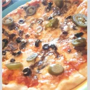 All Fungi ( mushroom) pizza